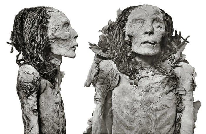 Ahmes Nefertari - Momie
